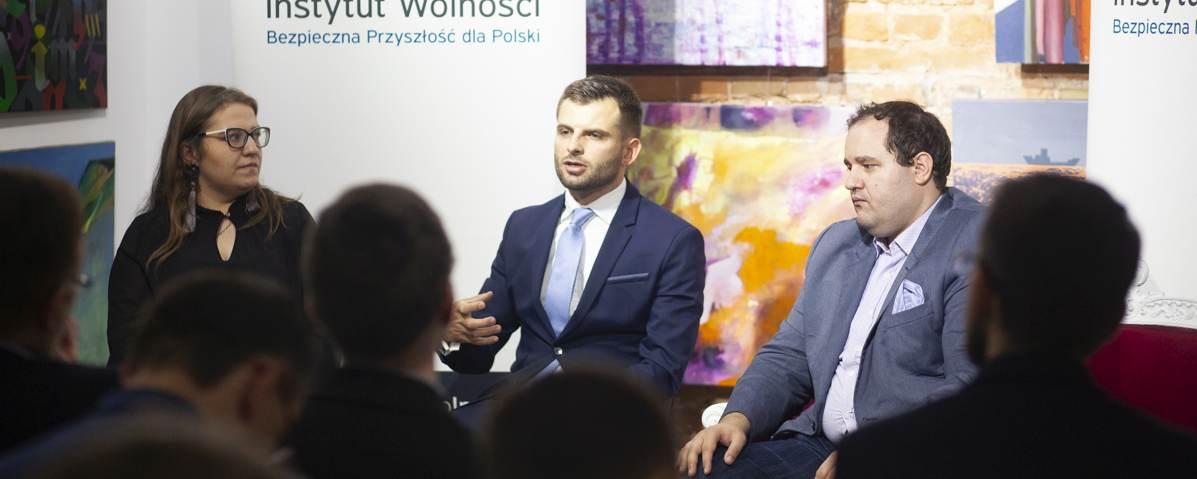 Ukraińscy millenialsi reformują kraj, ale system tworzy bariery – relacja z dyskusji