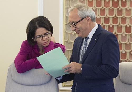 Ministerstwo Cyfryzacji – technokratyczna twarz rządu Beaty Szydło