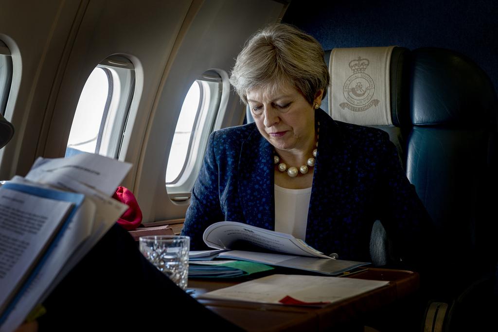 Theresa May przedstawia plan miękkiego brexitu – czytaj w Ekspresie Brytyjskim
