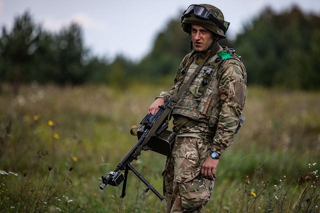 6% PKB na armię, nowa rezolucja ws. Krymu i wyborcza ofensywa Poroszenki
