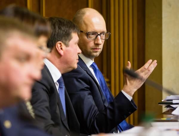 Jaceniuk wraca do publicznej polityki?