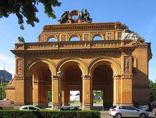 Jak zmierzyć się z przeszłością? Polski pomnik w Berlinie.