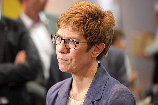 Nowe władze CDU, strajki na kolei i stan niemieckiego wojska