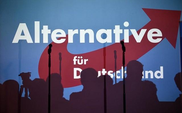Brutalne pobicie posła AfD, nastroje po COP24 i niemiecka kultura w Warszawie
