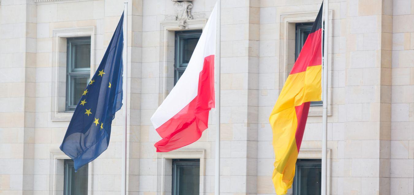 """Tak daleko, tak blisko – nowy numer """"Polski w Praktyce"""""""