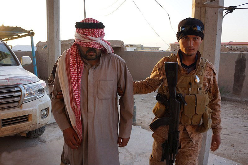 Co zrobić z Niemcami w ISIS?