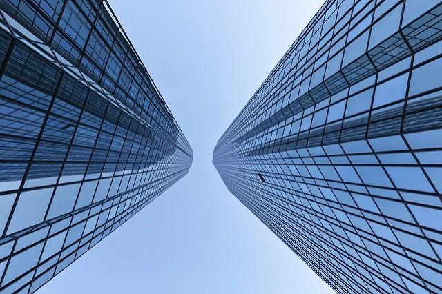 Wielka fuzja niemieckich banków, przetarg na sieć 5G i więcej