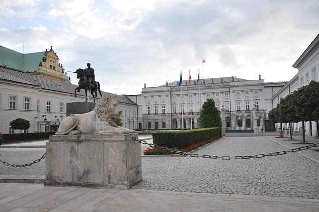 Zełenski w Warszawie o resecie w stosunkach z Polską