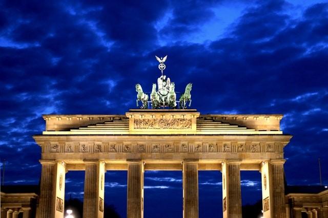 Niemiecko-chińska konkurencja, powrót do restrykcji i ruch graniczny – nowe wydanie Ekspresu Niemieckiego