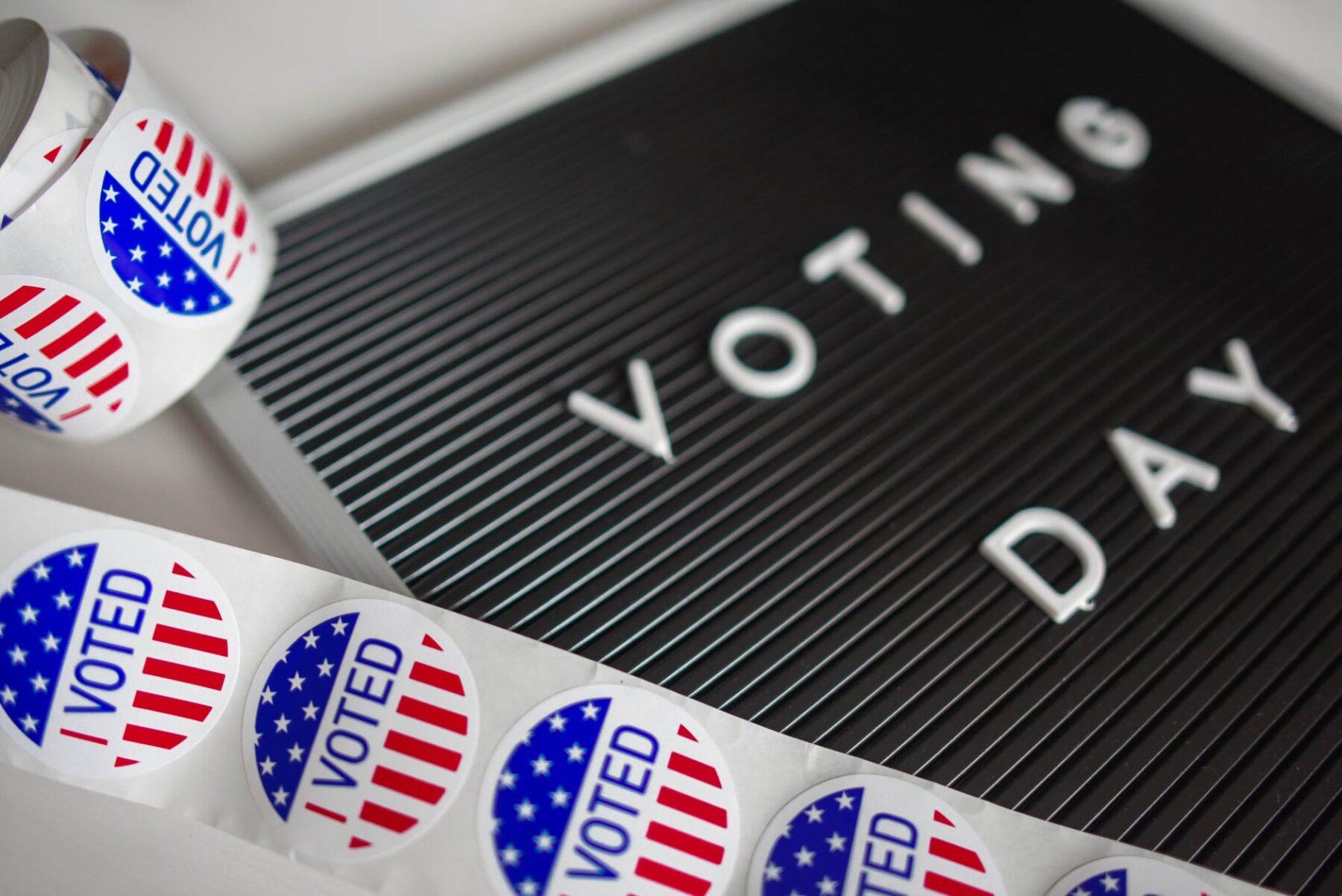 Historyczne wybory prezydenckie w Stanach Zjednoczonych – nowe wydanie Ekspresu Amerykańskiego